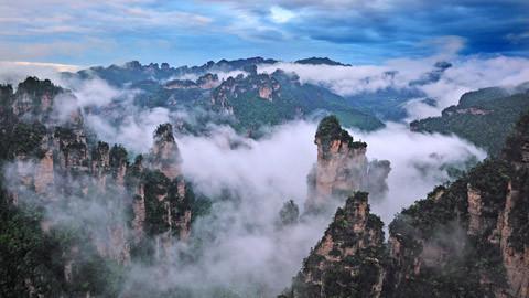【湖南A1线】凤凰、苗寨、芙蓉镇、张家界国家森林公园、黄石寨、土司城汽车4日游